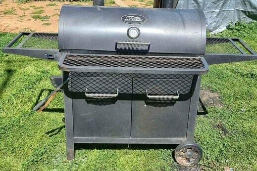 pops masterbuilt smoker in the yard for labor day weekend cookout with ribs(1)