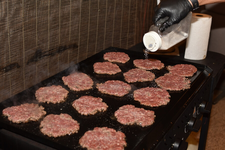 cooking burgers in direct heat on grill