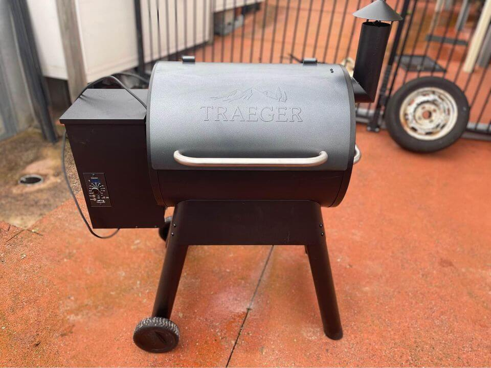 seasoning a smoker for the first time